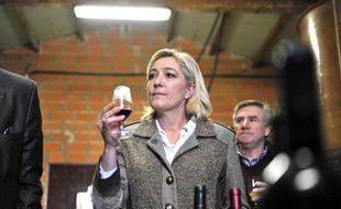 En 2009, Marine Le Pen a visité la ferme d'un producteur de vin lors de sa campagne à  Saint-Aubin-de-Branne.