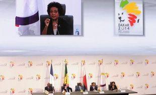 La Canadienne Michaëlle Jean (à l'écran) lors de son discours après avoir été nommée secrétaire générale de la Francophonie, le 30 novembre 2014 à Dakar