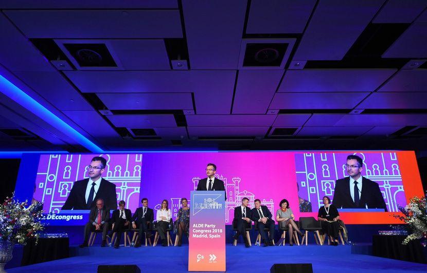 Européennes: LREM s'allie à un parti financé par le fabricant du glyphosate