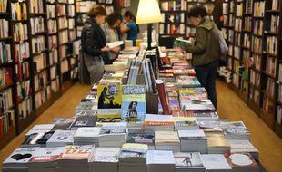 Le Goncourt des Lycéens est le prix littéraire qui se vend le plus dans les librairies.