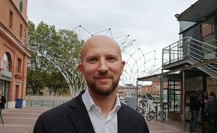 Nicolas Misiak, premier colistier présenté par le maire de Toulouse,  Jean-Luc Moudenc (LR).