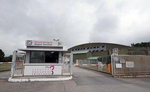 L'Etat a rejeté mardi le projet, jugé insuffisant, d'un petit entrepreneur toulousain, Bruno Granja, de créer, avec le géant américain Raleigh, les plus vastes studios de cinéma de France sur une ancienne base aérienne militaire près de Toulouse.