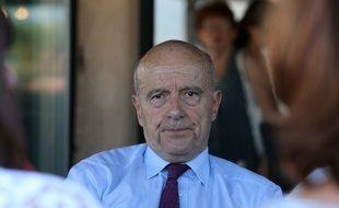 Le maire de Bordeaux Alain Juppé, le 6 juillet 2016 à Saint-Cyprien.