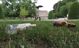 Illustration de la consommation d'alcool, de l'ivresse publique.
