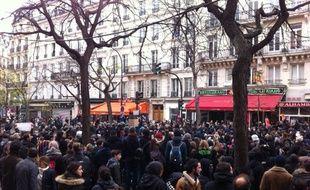 L'atmosphère est tendue entre les forces de l'ordre et les manifestants ce dimanche à République en marge de la COP21