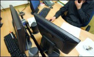 En 2005, le taux de piratage des logiciels informatiques a augmenté de 2% en France, pour atteindre 47%, un taux bien supérieur aux 36% de la moyenne européenne, selon l'association des éditeurs de logiciels BSA (Business Software Alliance).