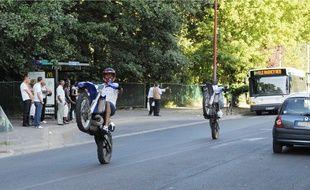 Affrontements avec la police dans le quartier des Minguettes, près de Lyon pour des rodéos à moto. (illustration).