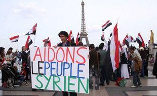 Une manifestation au Trocadero a Paris de soutien aux manifestants syriens  qui se revoltent  contre le regime du president Bashar El Assad.