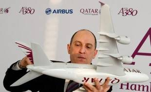 """Akbar Al Baker, PDG de Qatar Airways, accuse Delta Air Lines de faire voler des avions """"pourris""""."""