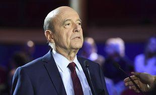 Alain Juppé, lors d'un débat télévisé de la primaire de la droite et du centre, le 3 novembre 2016.