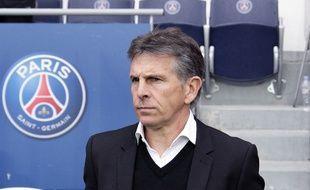 Claude Puel, le coach de l'OGC Nice, lors d'un match disputé le 2 avril 2016 à Paris face au PSG.