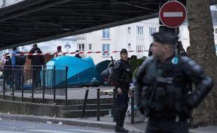 Evacuation du campement de migrants de La Chapelle le 2 juin 2015 à Paris