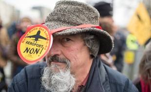 Un opposant à l'aéroport de Notre-Dame-des-Landes, le 13 janvier, à Nantes.