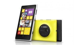 Le Nokia Lumia 1020 est un Windows Phone NFC qui fait de ses fonctionnalités photo un argument majeur.