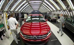 Une chaîne de montage dans une usine Volkswagen en Allemagne