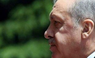 L'Otan tient une réunion d'urgence à la demande de la Turquie après la destruction en vol de l'un de ses avions militaires par la Syrie, où des combats d'une violence inédite se déroulent autour de positions de la Garde républicaine dans la périphérie de Damas.