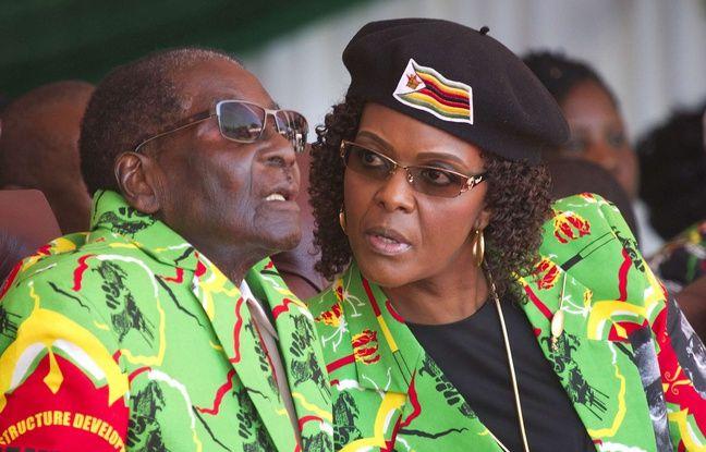 Robert Mugabe et son épouse Grace, le 2 juin 2017 à Marondera au Zimbabwe.