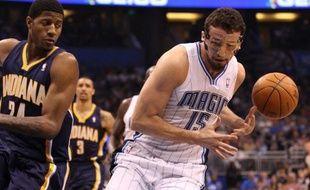 Le Turc Hedo Turkoglu, ailier du Orlando Magic, a été suspendu mercredi pour vingt matches par la NBA après avoir été contrôlé positif au méténolone, un stéroïde.