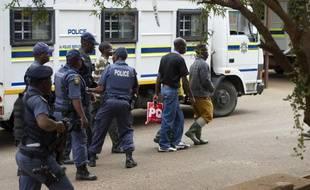 Aucun policier n'a encore été inquiété, une commission d'enquête spéciale ayant été installée pour faire la lumière sur cette affaire.