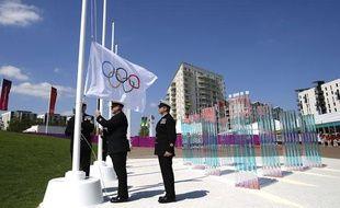 Les membres de la Royal Navy, lors de la cérémonie d'ouverture du village olympique, le 22 juillet 2012 à Londres.