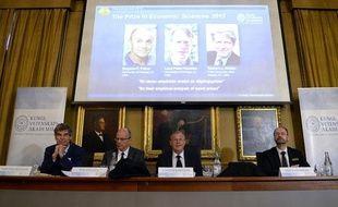 Trois Américains ont recu le prix Nobel de l'économie ce lundi 14 octobre 2013.