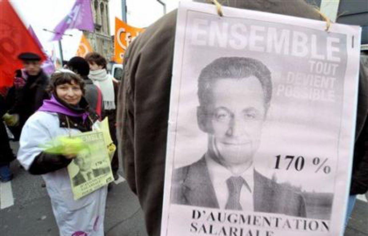 Côté syndical, l'objectif est d'atteindre le niveau de la précédente journée d'action, le 20 novembre, avec le même mot d'ordre: près d'un agent de l'Etat sur trois avait alors fait grève et 350.000 (police) à 700.000 personnes avaient manifesté dans toute la France. – Mychèle Daniau AFP