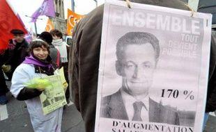 Côté syndical, l'objectif est d'atteindre le niveau de la précédente journée d'action, le 20 novembre, avec le même mot d'ordre: près d'un agent de l'Etat sur trois avait alors fait grève et 350.000 (police) à 700.000 personnes avaient manifesté dans toute la France.