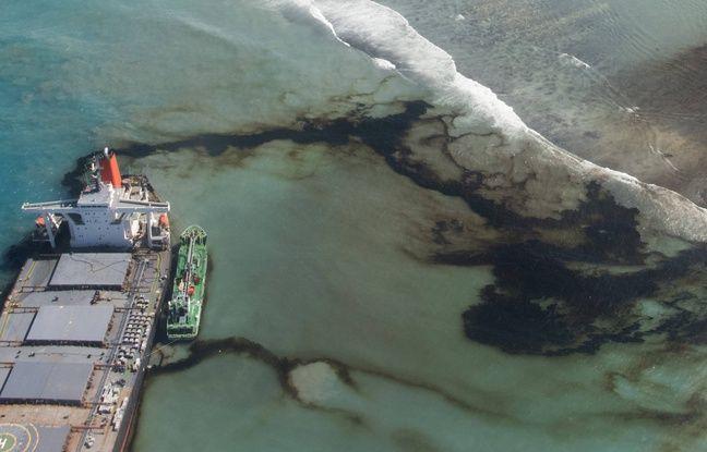 Marée noire à Maurice: «Tout le fioul a été pompé des réservoirs» du bateau échoué