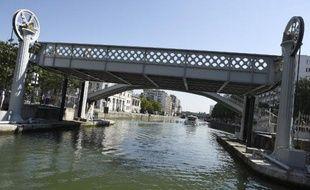 Le corps d'une femme, ligoté et en position foetale, a été découvert lundi dans un sac remonté à la surface du canal de l'Ourcq à Aubervilliers