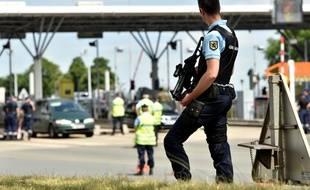 Un contrôle routier à Hordain, dans le nord de la France.