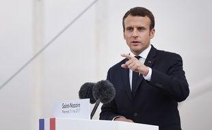 Emmanuel Macron s'impose comme un as de la com' : dernier «coup» en date, son allocution en direct et en anglais reprise par toutes les chaînes de TV américaines.