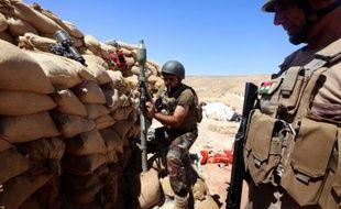 Des combattants kurdes irakiens le 17 août 2015 près de Mossoul