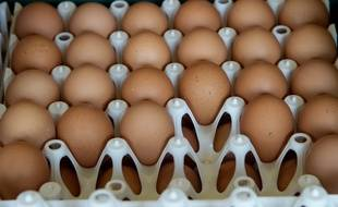 Mécontents de l'état des routes, ils lancent des œufs sur la maison du maire (Illustration)
