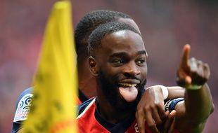 Jonathan Ikoné célèbre son but inscrit contre Angers