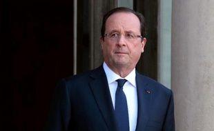 Fragilisé fortement par l'affaire Leonarda, François Hollande fait face à un véritable casse-tête pour tenter de remonter la pente et ressouder sa majorité, alors que la collégienne a affirmé mardi depuis le Kosovo hésiter à rentrer en France, avant de l'exclure finalement.