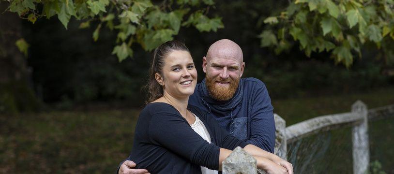 Lucile et Jérôme, maraîcher de l'est lyonnais, filent le parfait amour depuis leur rencontre lors de l'émission L'Amour est dans le pré.