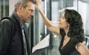 Hugh Laurie et Lisa Edelstein campent les personnages de Dr House et Dr Cuddy.