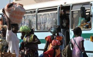 L'Union africaine a suspendu mardi la Guinée-Bissau et envisage des sanctions contre ce pays d'Afrique de l'ouest, à la suite du coup d'Etat du 12 avril.