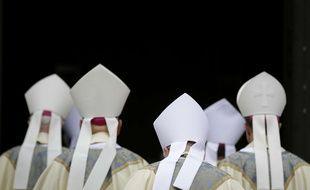 Des évêques et des cardinaux américains (illustration église catholique).