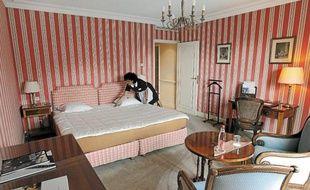 Décoration façon «maison bourgeoise du 19esiècle» pour les chambres.Claude Onesta et Vincent Collet ont choisi le Château de l'Ile pour mettre au vert handballeurs et basketteurs pendant leur séjour strasbourgeois.La piscine du Château de l'Ile n'attend plus que les enfants des handballeurs.