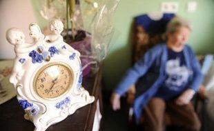 Une personne âgée dans une maison de retraite