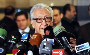 """L'émissaire international Lakhdar Brahimi a jugé mercredi """"sectaire"""" et """"partial"""" le discours du président syrien Bachar al-Assad, deux jours avant de nouvelles discussions qu'il doit tenir avec des représentants russes et américains sur le conflit en Syrie."""