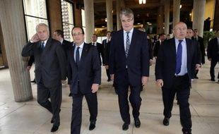 """Le président François Hollande a reconnu jeudi que le contexte économique était difficile pour la France, mais a indiqué qu'il y avait """"des signes encourageants"""", assurant que """"le sérieux budgétaire ne sera pas l'austérité"""", à l'ouverture de la conférence sociale."""