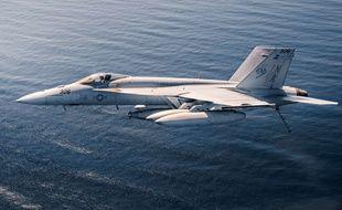 Un F/A-18E Super Hornet de l'armée américaine.