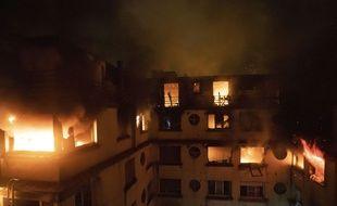 L'incendie dans un immeuble du 16e arrondissement de Paris a fait 10 morts et 96 blessés.