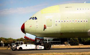Le dernier A380 d'Airbus vient d'être assemblé au poste 40 de l'usine Lagardère le 23 septembre 2020.