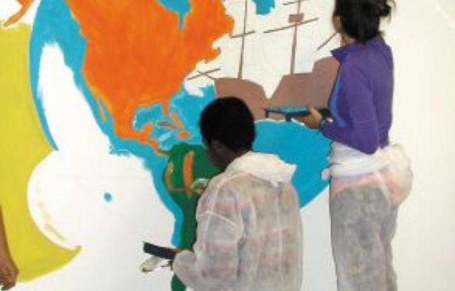 Une vingtaine de détenues ont peint cette fresque historique.