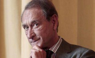 Le militant d'extrême droite Hervé Lalin, alias Hervé Ryssen, a été condamné mardi à 6.000 euros d'amende par le tribunal correctionnel de Paris pour avoir proféré sur son blog, en octobre 2011, des injures homophobes à l'encontre du maire de Paris Bertrand Delanoë (PS).