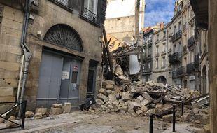 Dix immeubles ont été évacués par sécurité.