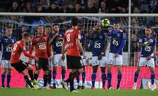 Benjamin Bourigeaud a donné l'avantage au Stade Rennais d'un superbe coup franc, samedi, à la Meinau.